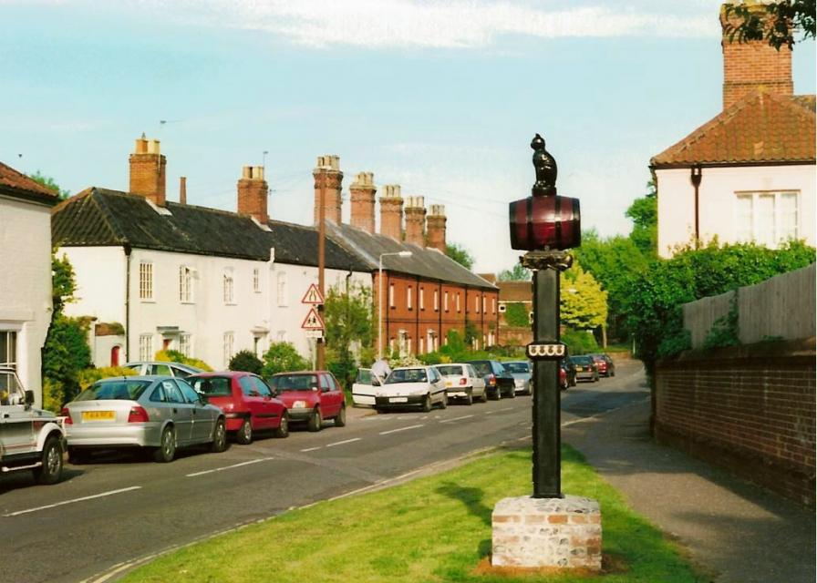 New sign in place in Church Street - June 2001